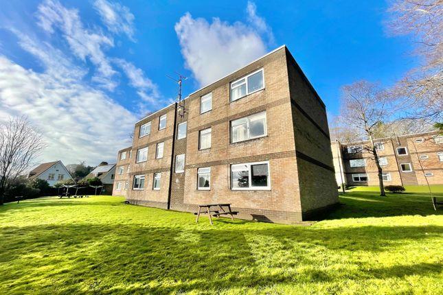 Thumbnail Flat to rent in Lisvane Road, Lisvane, Cardiff