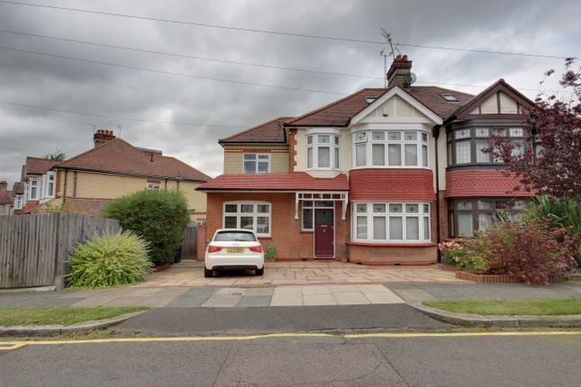 Thumbnail Semi-detached house for sale in Hillcrest, Winchmore Hill