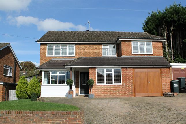 Thumbnail Detached house for sale in Standfield, Abbots Langley