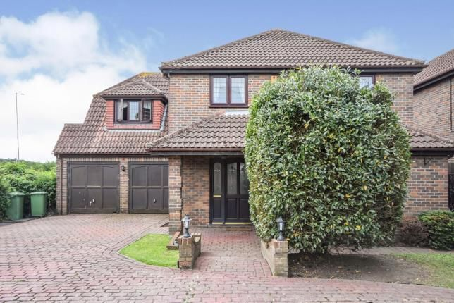 Thumbnail Detached house for sale in Pitsea, Basildon, Essex