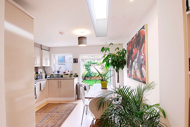 Thumbnail Terraced house to rent in Abbey Street, London