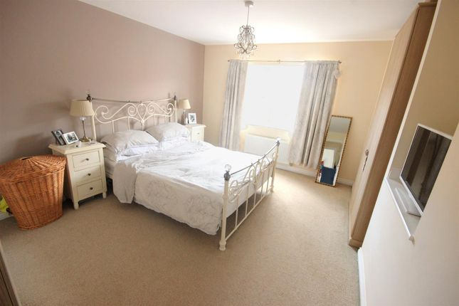 Thumbnail Detached house for sale in Falcon Close, Mexborough