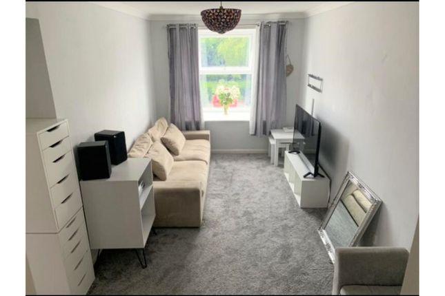 Lounge of Beech Close, Hull HU3