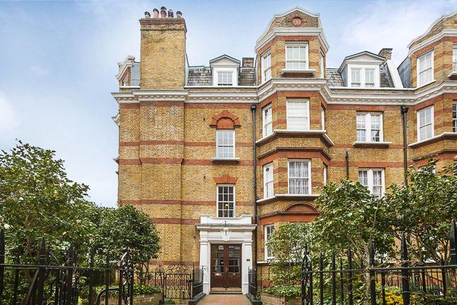 2 bed flat to rent in Bullingham Mansions, Pitt Street, London