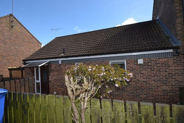 Thumbnail Bungalow for sale in Farriers Court, Alnwick