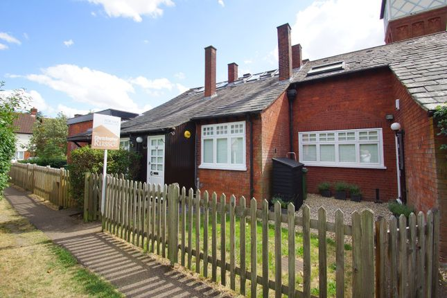 Thumbnail Property for sale in Rowanwood Avenue, Sidcup