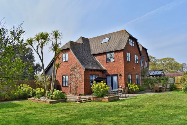 Thumbnail Link-detached house for sale in Hordle Lane, Hordle, Lymington