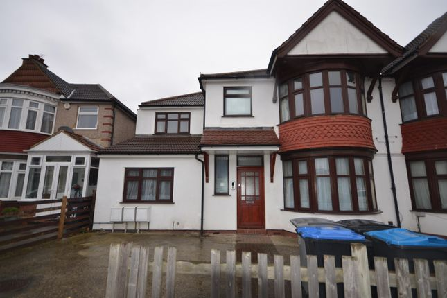 Thumbnail Flat to rent in Northwick Avenue, Kenton, Harrow Middlesex