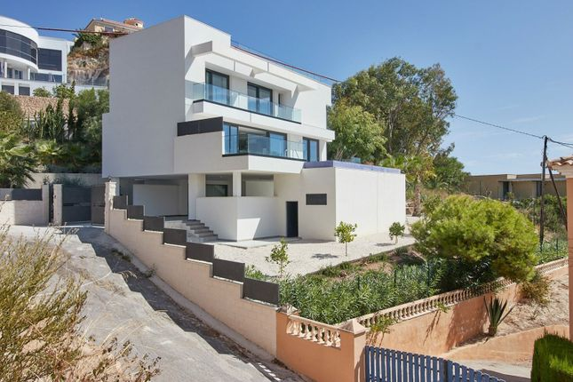 Thumbnail Chalet for sale in El Campello, Alicante, Spain