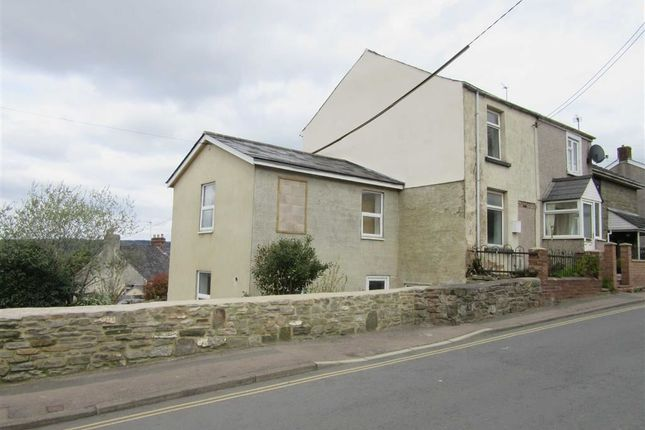 4 bed semi-detached house to rent in Victoria Street, Cinderford