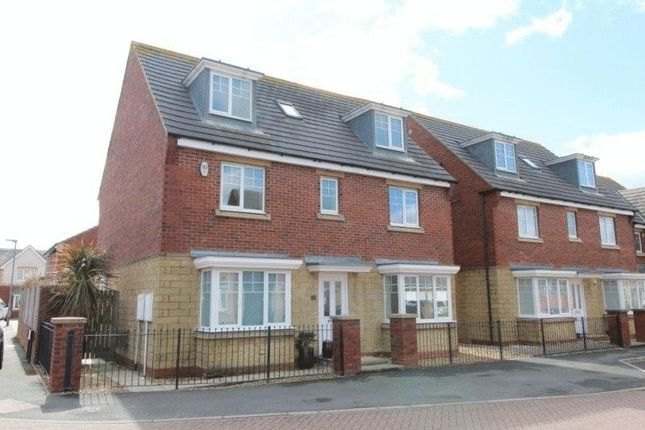 Thumbnail Detached house for sale in Elfin Way, Blyth