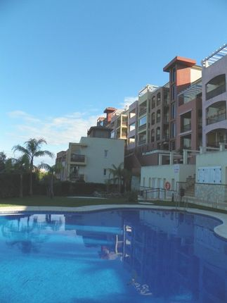 3 bed apartment for sale in Spain, Málaga, Benalmádena, Golf Torrequebrada