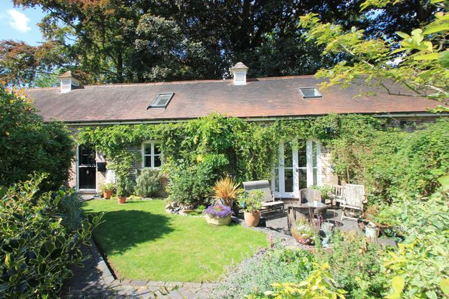 Thumbnail Barn conversion for sale in Home Farm, Park Road, Tring