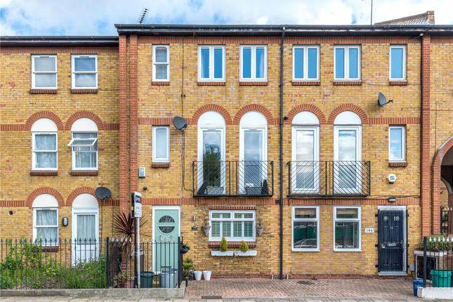 Thumbnail Terraced house for sale in Tottenham Road, Islington, London