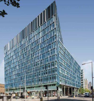Office to let in Blue Fin Building 110 Southwark Street, London
