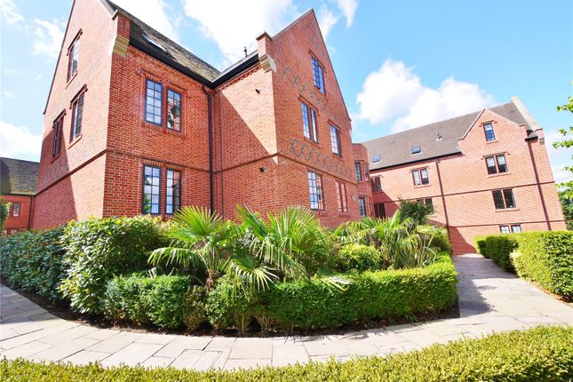 Flat for sale in Rose Court, The Galleries, Warley, Brentwood