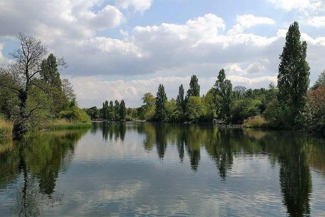 Hyde Park - Long Water