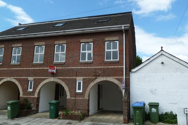 Town house for sale in Bath Street, Southampton