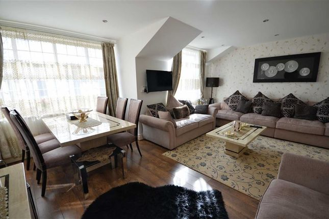 Thumbnail Flat for sale in 30 Royton Court, Carlton Road, Whalley Range, Manchester