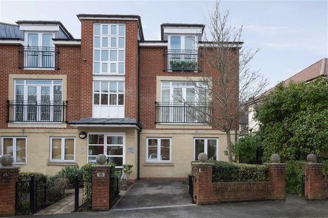 Thumbnail Flat for sale in Claremont Avenue, Bristol