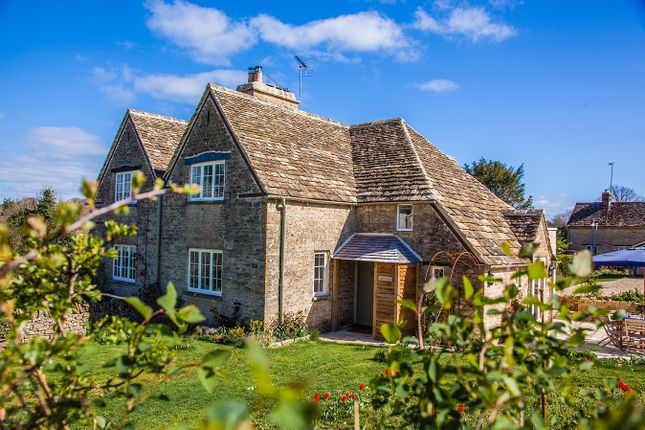Thumbnail Cottage to rent in Daneway Hill, Sapperton