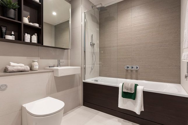 Main Bathroom of Moulding Lane, Deptford, London SE14