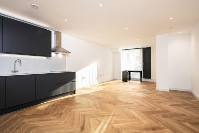Thumbnail Flat to rent in Gloucester Avenue, Primrose Hill