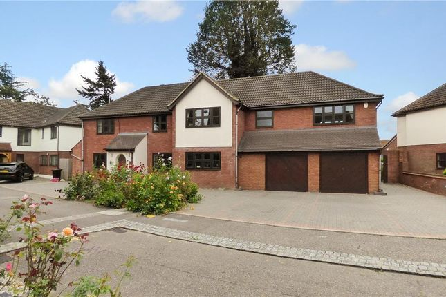 Thumbnail Detached house for sale in Glendale Close, Brentwood