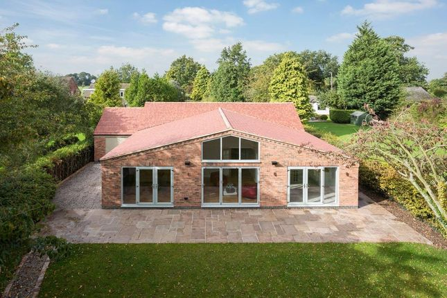 Thumbnail Detached bungalow for sale in Bourton Road, Frankton, Rugby