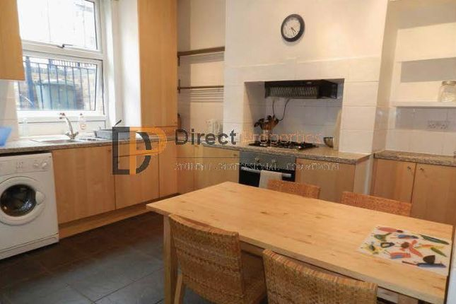 Thumbnail Shared accommodation to rent in Burley Lodge Terrace, Hyde Park, Leeds