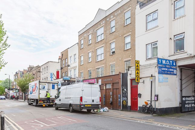 2 bed flat to rent in 143A Cannon Street Road, London E1