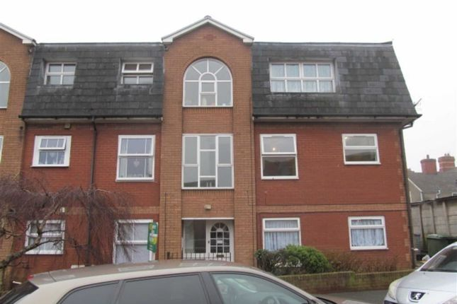Thumbnail Flat to rent in Crossways Street, Barry, Vale Of Glamorgan