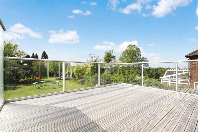 Balcony of Moss Lane, Leyland PR25
