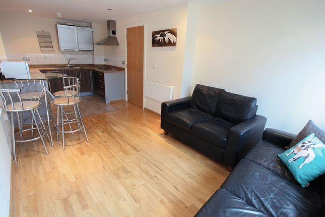 Thumbnail Flat to rent in Oldham Street, Liverpool