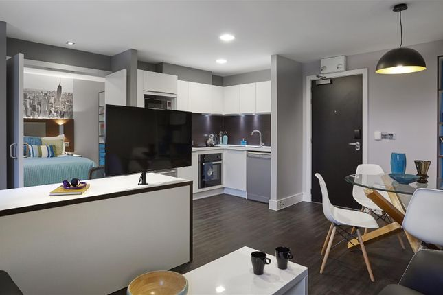 Thumbnail Studio to rent in Grande Apartment, Iconinc, The Edge 4 Westfield Road, University