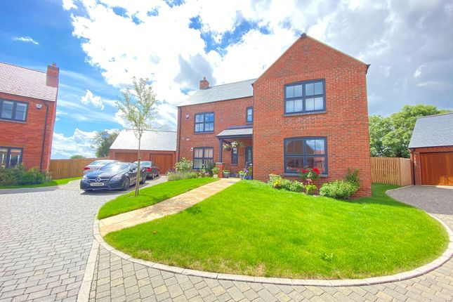 5 bed property to rent in Paddock Way, Great Glen, Leicester LE8