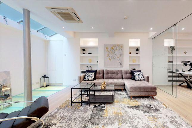 Living Room of Cowper Street, London EC2A