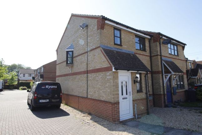 Thumbnail Terraced house to rent in Wansbeck Close, Stevenage