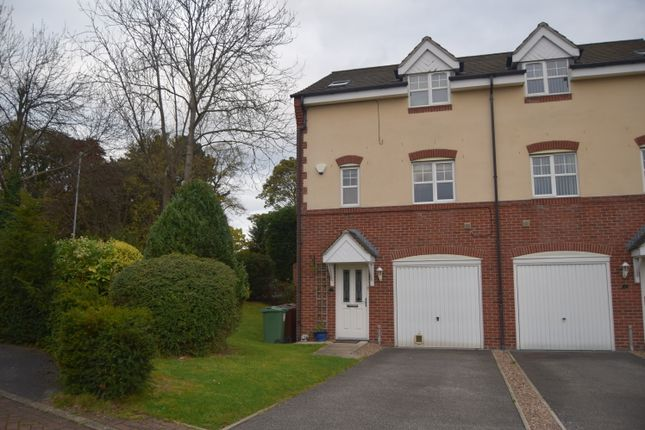 Thumbnail Town house to rent in Bishops Croft, Sandal, Wakefield