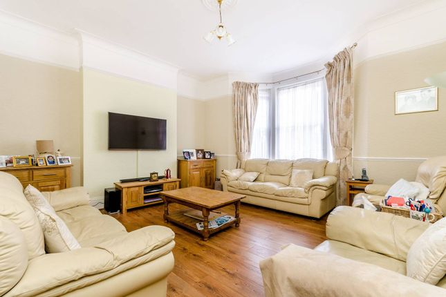 Thumbnail Flat for sale in Alexandra Drive, Crystal Palace