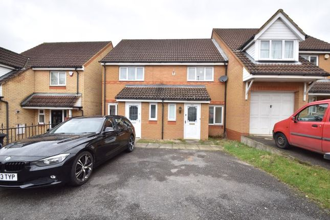 2 bed terraced house for sale in Dunraven Avenue, Luton LU1