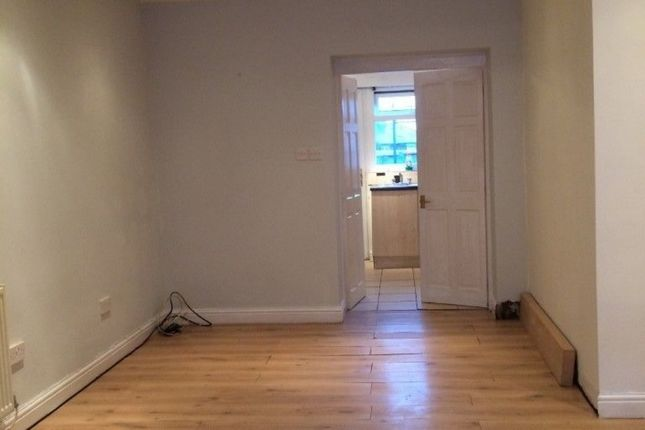Thumbnail Flat to rent in Suthers St, Radcliffe, Manchester