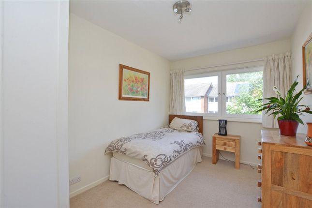 Picture No. 14 of Hatcliffe Close, Blackheath, London SE3