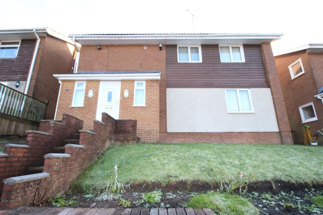 Thumbnail Detached house to rent in Vale View, Risca, Newport