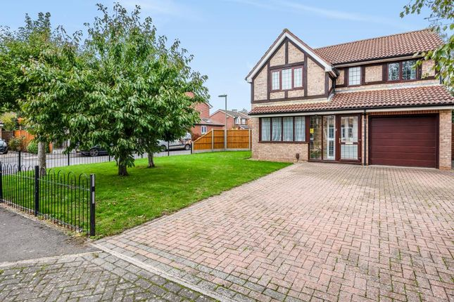 Detached house for sale in Sunbury-On-Thames, Middlesex