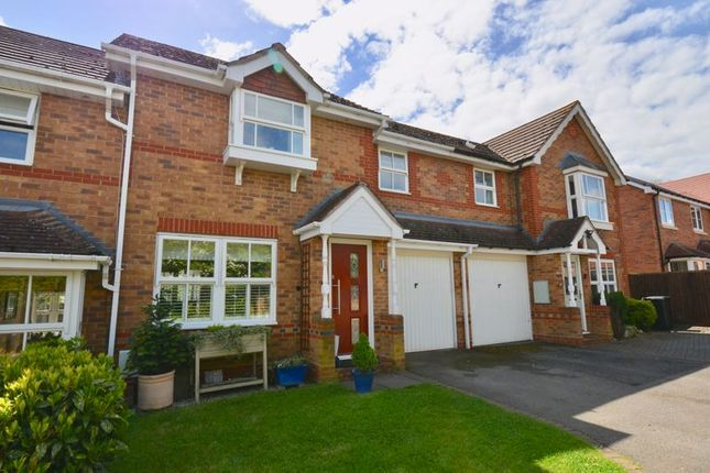 3 bed terraced house for sale in Shannon Way, Evesham WR11