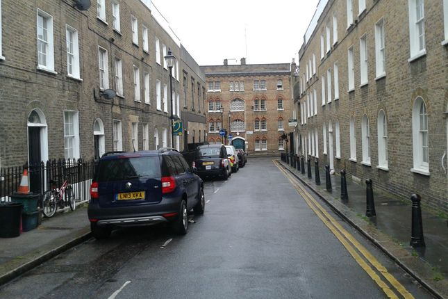 Thumbnail Room to rent in Hermit Street, London