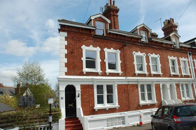 Thumbnail Town house to rent in Woodbury Park Road, Tunbridge Wells
