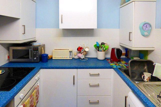 Kitchen of Chestnut Court, 45 Shaftesbury Avenue, Southampton SO17