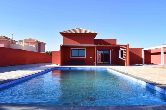 Thumbnail Villa for sale in Triquivijate, Fuerteventura, Canary Islands, Spain